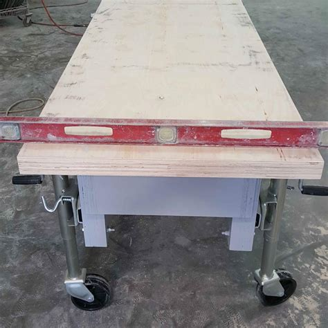 Concrete-Countertop-Casting-Table-Plans