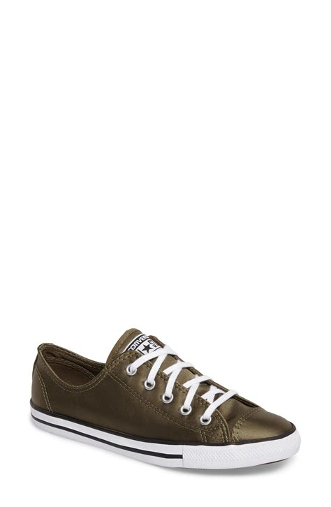 Converse Chuck Taylor Dainty Satin Casual Sneakers Meidum Love