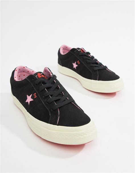 Converse X Hello Kitty One Star Sneaker