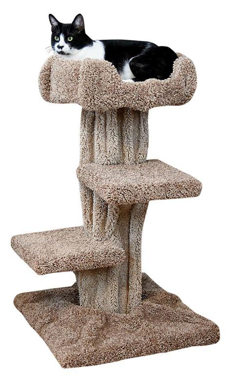 Cool-Carpeted-Cat-Tree-Plans