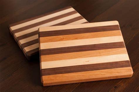 Cool-Cutting-Board-Plans