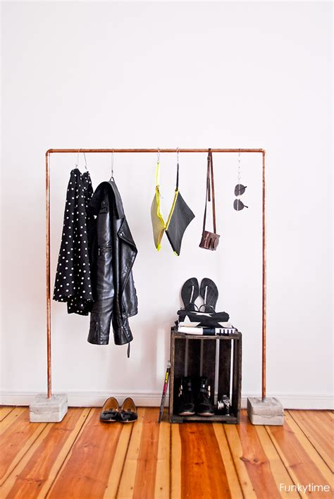 Copper Concrete Clothes Rack DIY