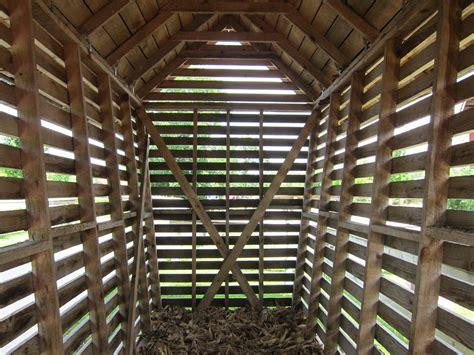 Corn-Crib-Building-Plans