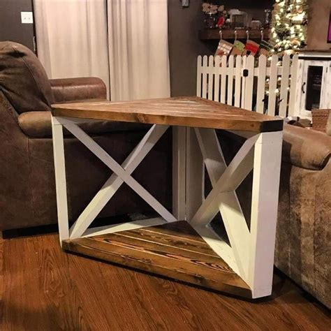 Corner End Table DIY