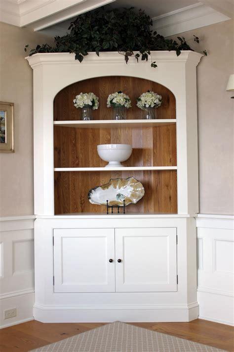 Corner-Dining-Room-Cabinet-Plans