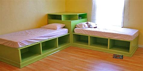 Corner-Hutch-Plans-For-The-Twin-Storage-Beds