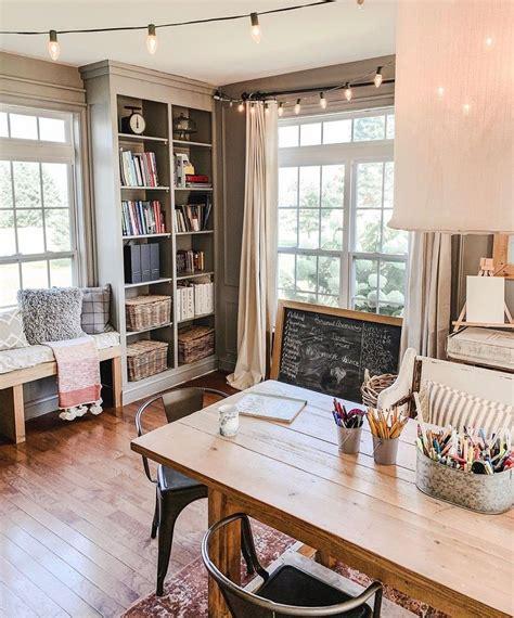 Cottage-Style-Office-Ideas