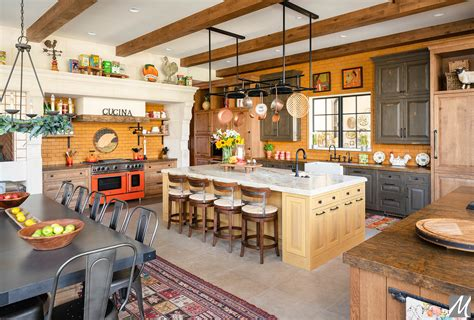 Country Style Kitchen Furniture UK