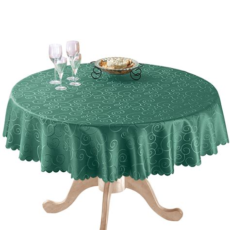 Country Tablecloths With Scalloped Edges
