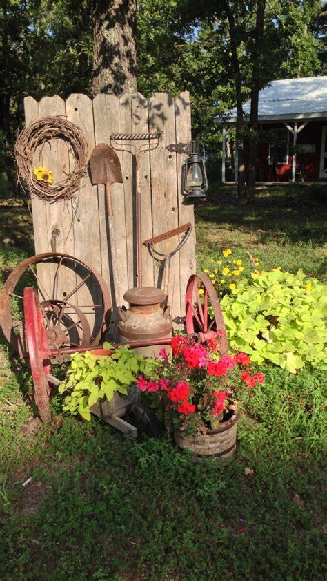 Country Outdoor Garden Decor Ideas