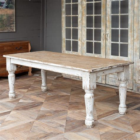 Country-French-Farmhouse-Dining-Tables