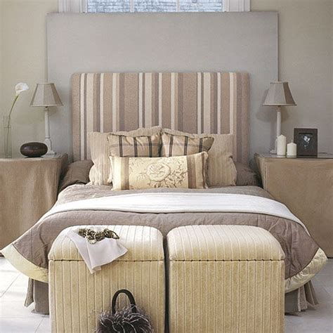 Cover-Headboard-With-Fabric-Diy