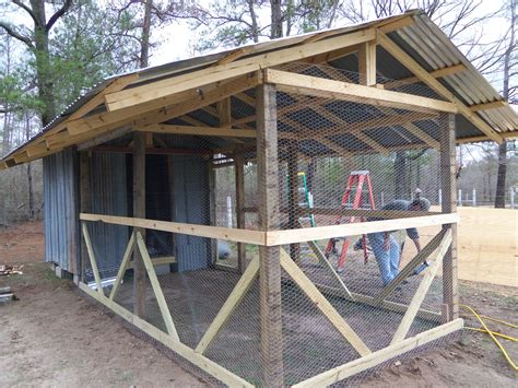 Covered-Chicken-Run-Plans