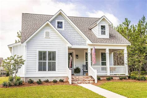 Cozy 3 Bedroom Bungalow Plans For A Narrow Lot