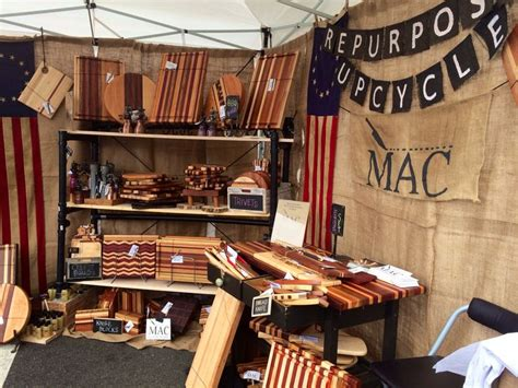 Craft-Show-Displays-For-Woodworking