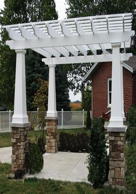 Craftsman-Style-Pergola-Plans