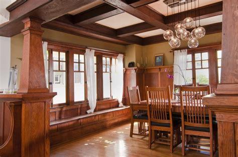 Craftsmen-Home-Woodwork-Accents