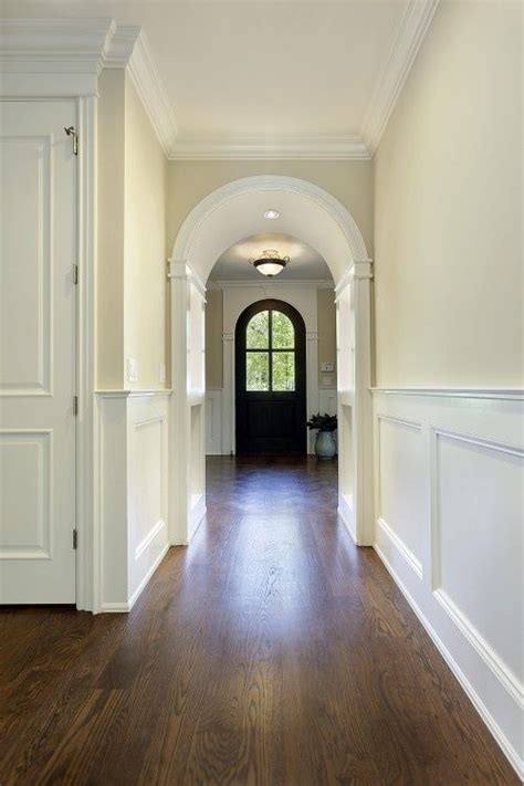 Cream-Walls-And-White-Woodwork