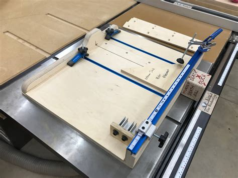 Crosscut-Sled-Plans-Fine-Woodworking