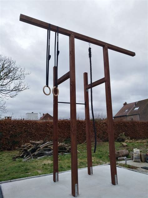 Crossfit-Pull-Up-Bar-Plans
