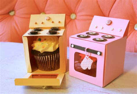 Cupcake-Holder-Box-Diy