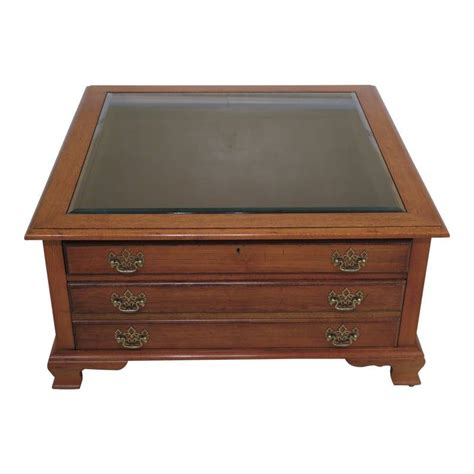 Curio-Coffee-Table-Plans