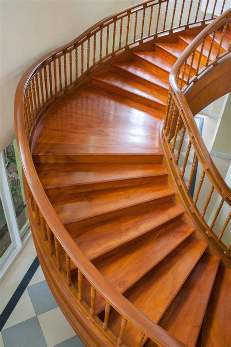 Curved-Stair-Woodwork