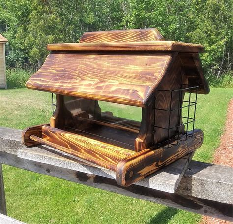 Custom Cedar Wood Bird Feeders For Sale