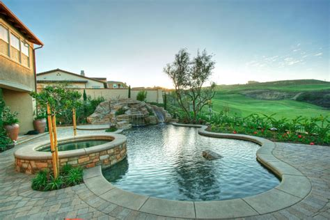 Custom Rock Design And Feature