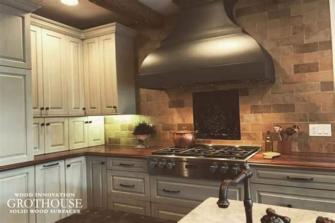 Custom-Woodworking-Illinois