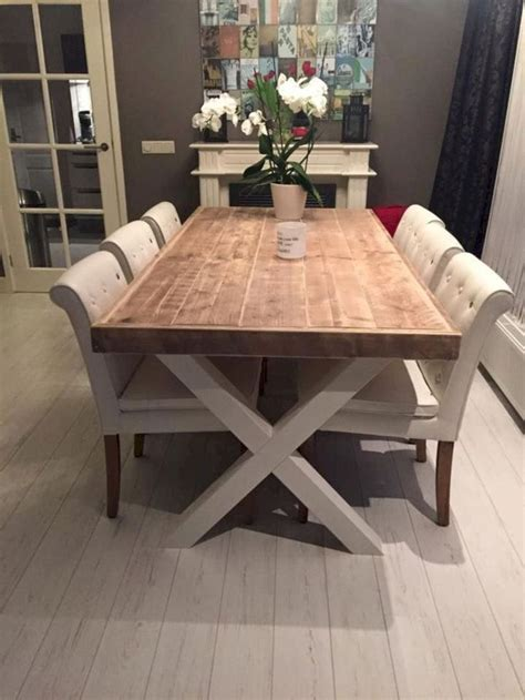 Cute-Farm-Kitchen-Table