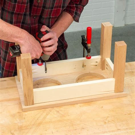 DIY Building Plans For Dog Bowl Stand