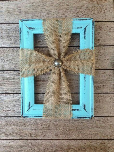 DIY Burlap Cross Picture Frame