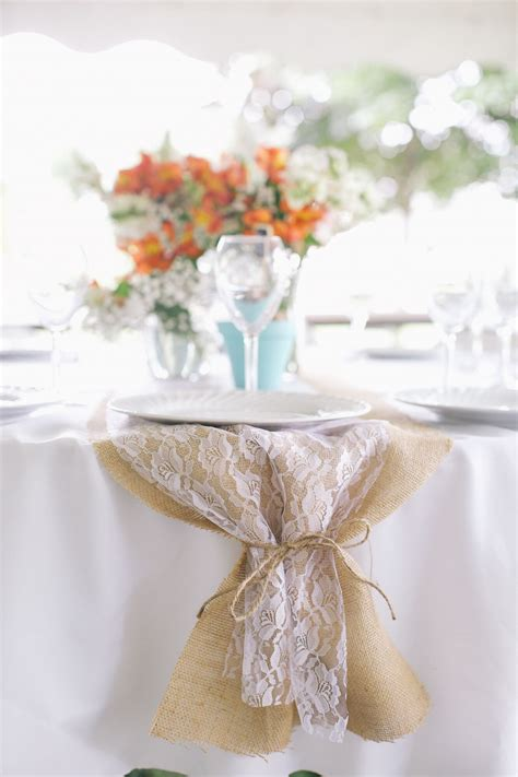 DIY Burlap Table Runners Wedding