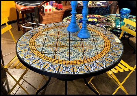 DIY Ceramic Tile Patio Table