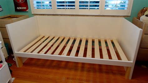DIY Daybed With Trundle Plans