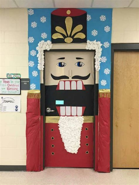 DIY Door Decorating School