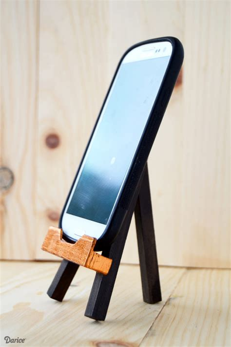 DIY Easel Phone Stands