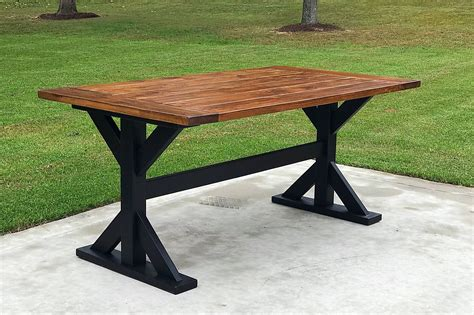 DIY Farmhouse Table With Metal Legs From Outdoor Table
