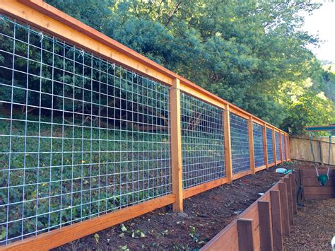 DIY Fence Wire Wood Posts