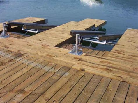 DIY Floating Boat Lift Plans