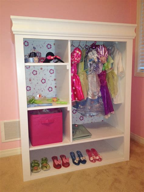 DIY Girls Dress Up Closet