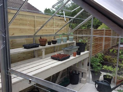 DIY Greenhouse Staging Plans