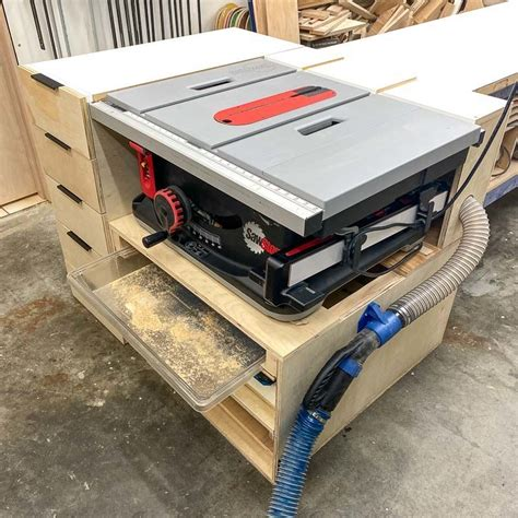 DIY Jobsite Table Saw Stand