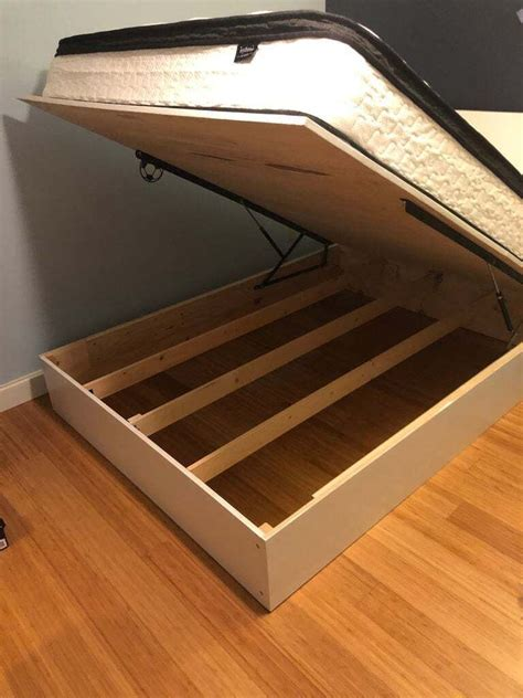 DIY Lift Storage Bed Plans