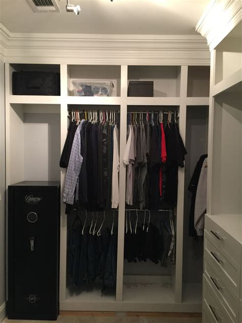 DIY Master Closet Built Off The Carpet