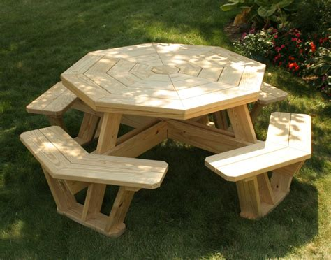 DIY Octagon Picnic Tables