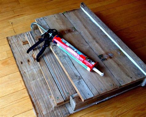 DIY Paleet Bat Box