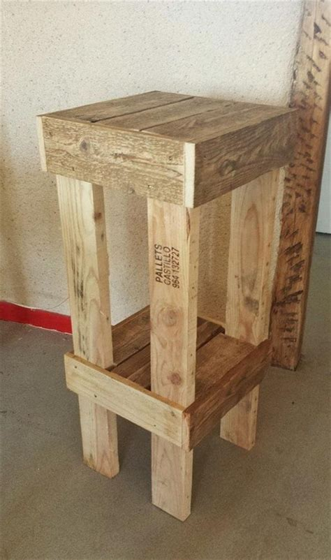 DIY Pallet Wood Stools