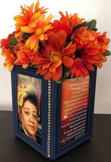 DIY Photo Frame Centerpieces